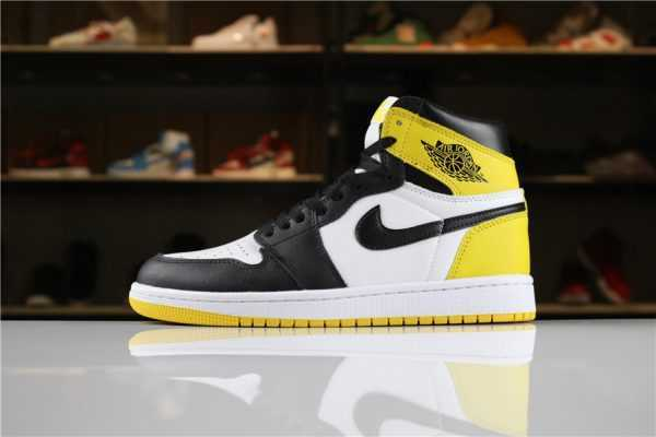 "2018 Air Jordan 1 Retro High OG ""Yellow Ochre"" Summit White/Black-Yellow Ochre For Sale"